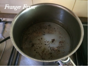 Boil vinegar, sugar, salt and pickling spice for 1 minute.